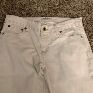 cute vintage white jeans w brown stitching